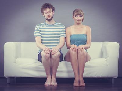 Männer flirten nervös